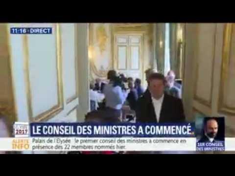 Les images du premier conseil des ministres du quinquennat Macron