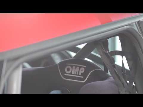 MINI John Cooper Works Challenge Lite (231 CV) Interior Design Trailer   AutoMotoTV