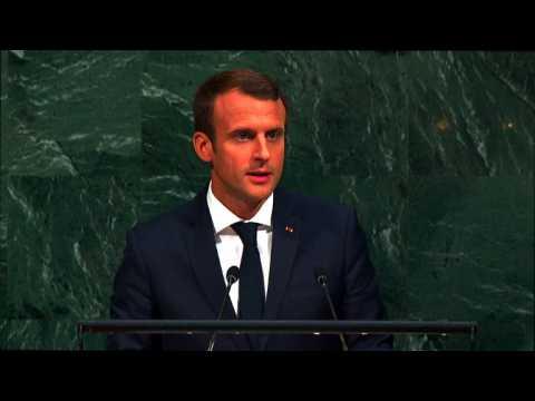 """Macron: dénoncer l'accord iranien serait une """"lourde erreur"""""""