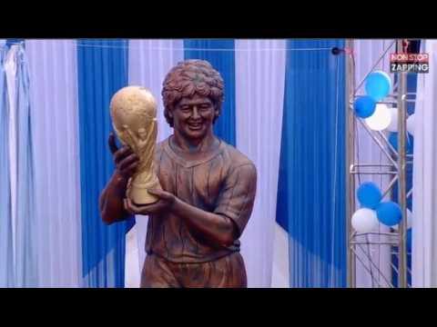 Quand Diego Maradona inaugure une statue de lui complètement ratée (vidéo)