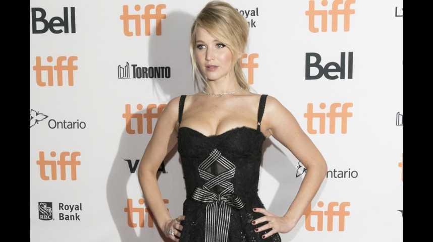 Jennifer Lawrence s'est sentie violée
