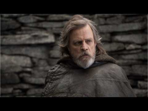Mark Hamill Debunks He Didn't Know 'Star Wars: The Last Jedi' Ending Until Premiere