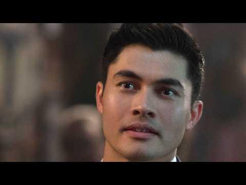 'Crazy Rich Asians' Chomps At 'The Meg''s Box Office Haul