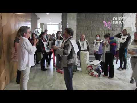 Rennes les habitants de Villejean aux appartements moisis s'invitent au conseil départemental