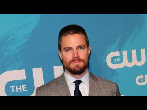Stephen Amell Talks 'Arrow' Crossover With 'Supernatural'
