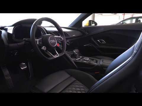 2017 Audi R8 Spyder Interior Design