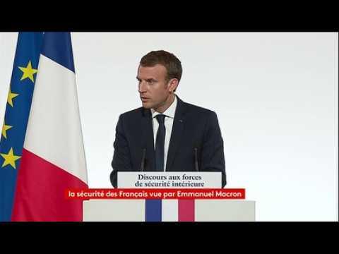 """Lutte contre le terrorisme au niveau européen : """"Nous sommes aujourd'hui trop lents, à apporter une réponse adaptée à la menace"""", Macron"""