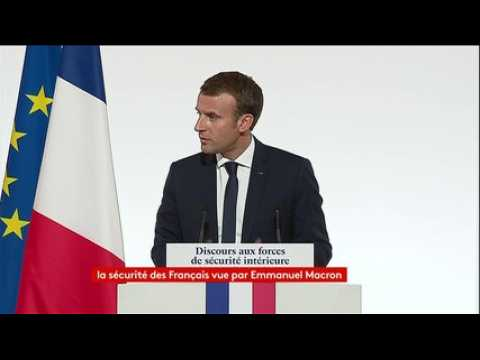 """Droit d'asile : """"Nous avons un défi collectif lié à la pression migratoire"""", qui est """"un défi durable"""", insiste Emmanuel Macron"""