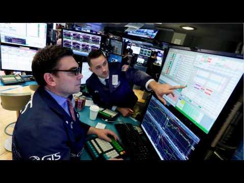 Wall Street Bounces Back After Renewed Tariff Talks