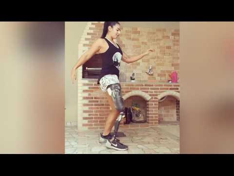 Cette athlète unijambiste est aussi une excellente danseuse