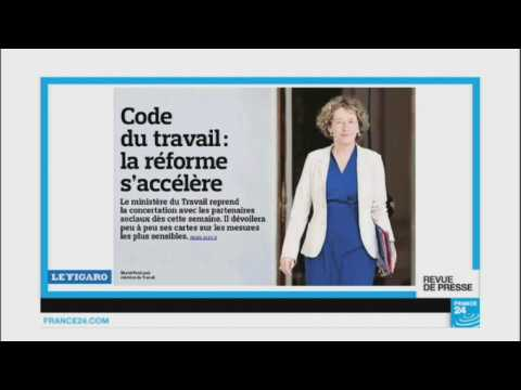 """""""Dans le cartable d'Emamnuel Macron"""""""