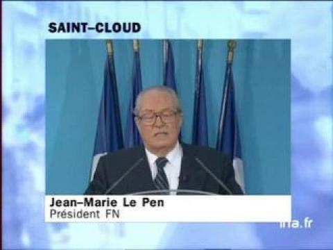 Jean dujardin emm nage c t de chez jean marie le pen for Dujardin saint cloud