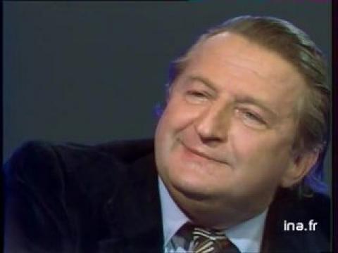<b>Marcel JULLIAN</b> sur le comique de Louis de FUNES - q3x0zp-L