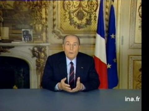 François Mitterrand annonce le remplacement de Michel Rocard par Edith Cresson