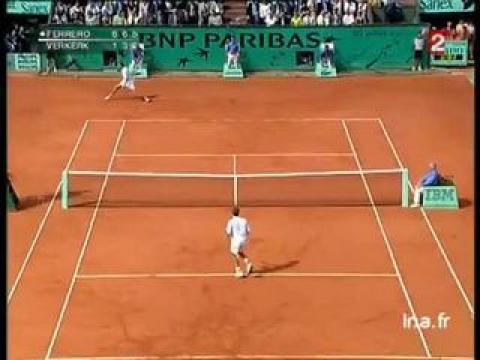 Finale messieurs à Roland Garros  : Victoire Juan Carlos Ferrero
