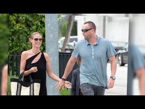 Que signifient les bagues assorties d'Heidi Klum et de son petit-ami ?