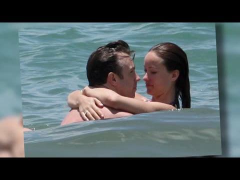 Olivia Wilde s'amuse avec Jason Sudeikis à Hawaï