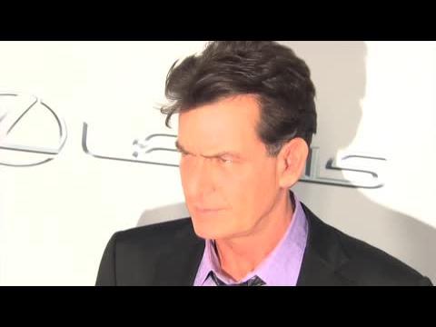 Charlie Sheen enragé contre Farrah Abraham qui a dévoilé leurs SMS