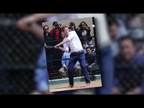 Le Prince Harry marque des points au baseball à New York