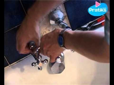 Comment changer un robinet m langeur sur orange vid os - Demonter mitigeur douche ...