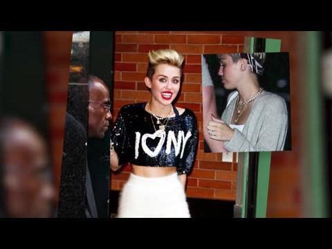 Miley Cyrus défend ses fiançailles en disant qu'elle porte un bague