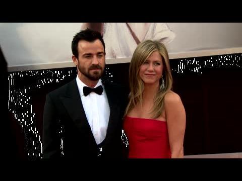 Jennifer Aniston et Justin Theroux repoussent leur mariage