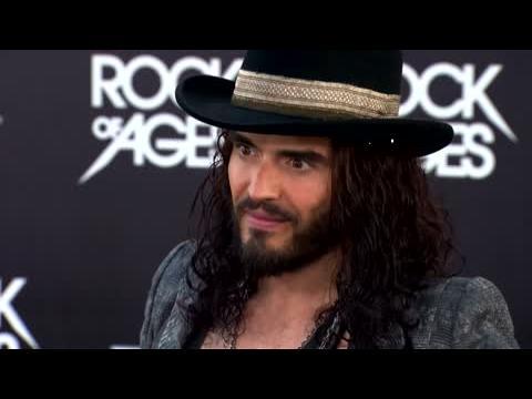 Russell Brand a dragué Mila Kunis, sans succès