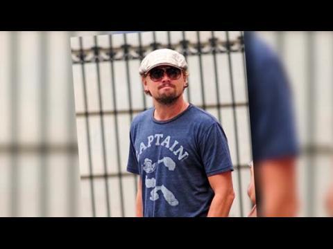 Capitaine Leonardo DiCaprio montre ses muscles