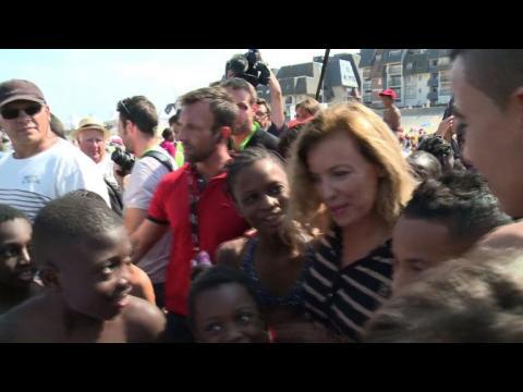 Le Secours Populaire offre une journée à la mer à 5.000 enfants