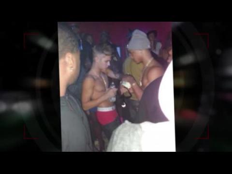 Justin Bieber dans un club de striptease