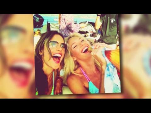 Alessandra Ambrosio et Candice Swanepoel en bikini à St Tropez