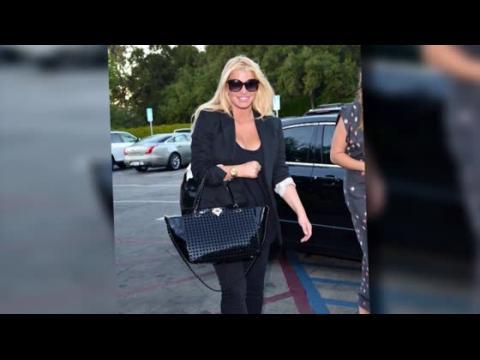 Jessica Simpson retourne chez Weight Watchers pour perdre le poids de sa grossesse