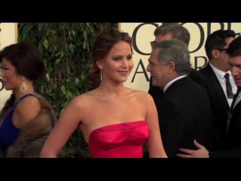 Jennifer Lawrence se défend contre ceux qui critiquent son poids
