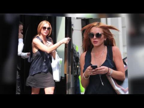 Lindsay Lohan est rayonnante et dévoile ses nouvelles courbes à New York