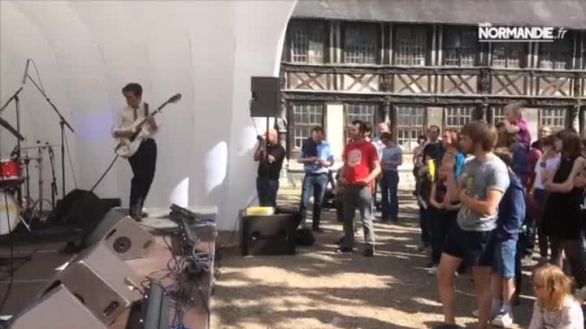 Mythimonia, : le 106 s'invite dans les rues rouennaises