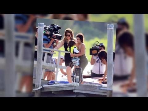 Les Kardashian font du bateau aux Hamptons