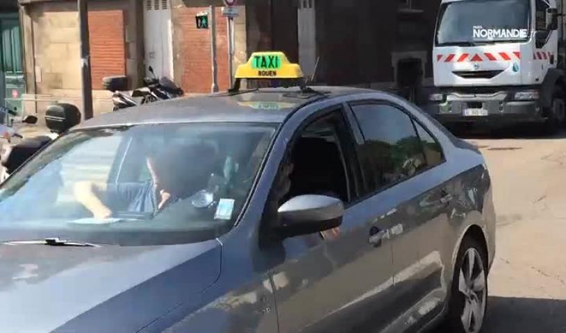 Grève des taxis à Rouen