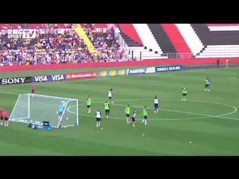 Football / Equipe de France / Premier entraînement des Bleus au Brésil - 11/06