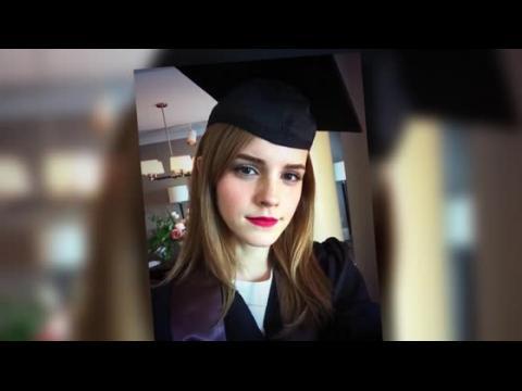 Emma Watson reçoit son diplôme de l'Université Brown