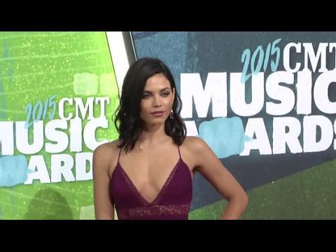 Jenna Dewan Tatum et la mieux habillée aux CMT Awards