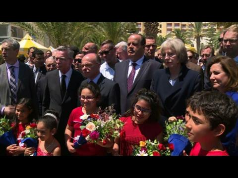 UK minister vows 'terrorists will not win' in Tunisia tribute