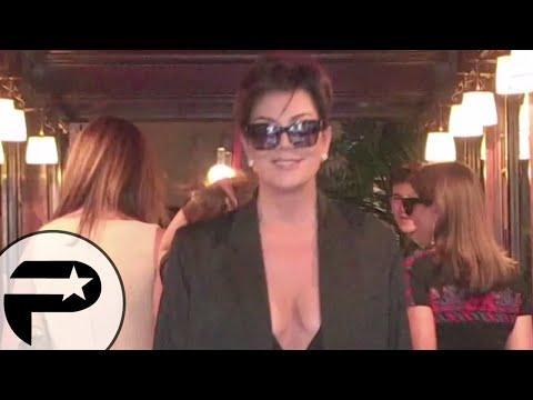 Kris Jenner - de passage à Paris,elle dévoile un décolleté vertigineux