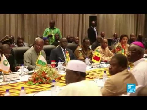 Au Burkina Faso, l'opposition et la société civile prêts à adopter un plan de transition