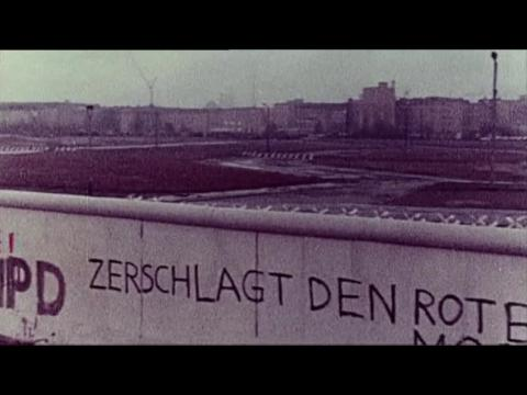 Sunday marks a quarter century since fall of Berlin Wall
