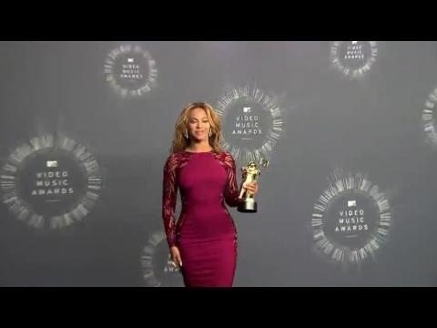 Beyoncé nommée la femme la mieux payée de la musique par Forbes