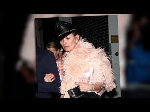 Kate Moss repousse les limites de la mode