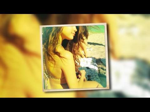 Selena Gomez dévoile son corps