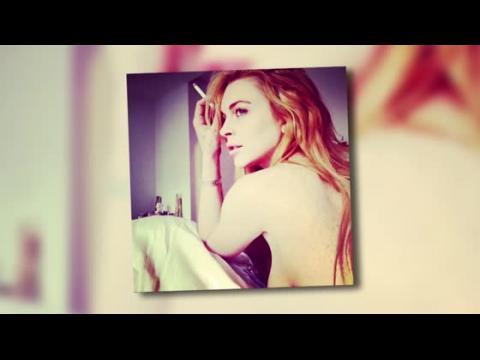 Lindsay Lohan dévoile ses formes sur une photo où elle apparaît sans le haut