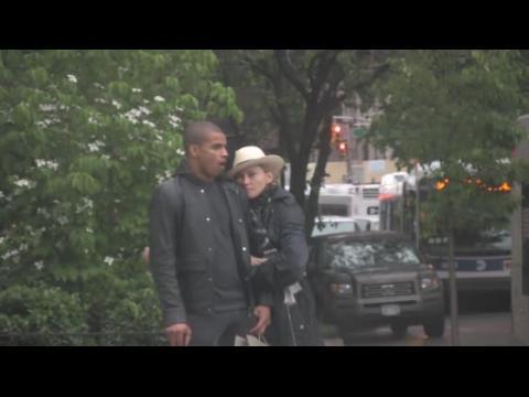 Madonna se sépare du danseur Brahim Zaibat