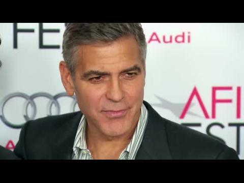 George Clooney dit que Sandra Bullock est une mère incroyable
